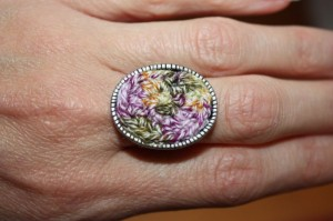 embroidered_ring_02